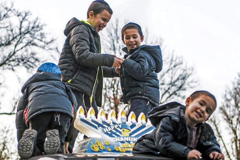 Waterfront's Menorah Parade & Festival add to Hanukkah Tradition in Pittsburgh